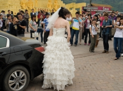 Half an hour Bride, performance, Ismaël Bennani